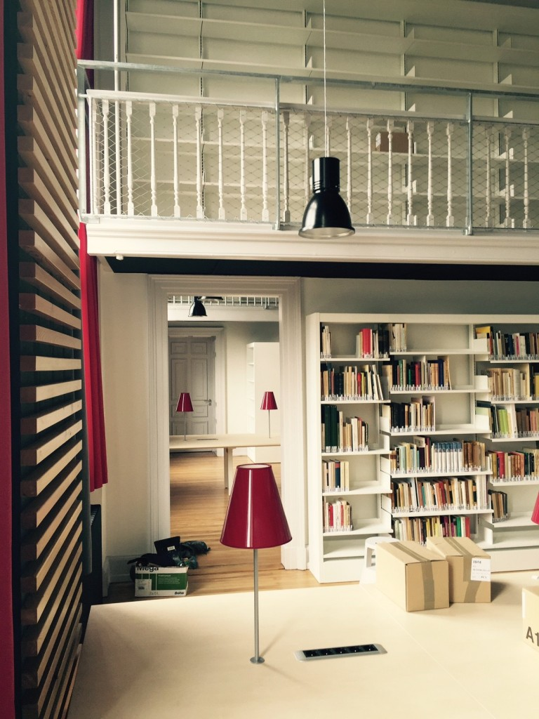 Biblio Hist. Palais U - 01